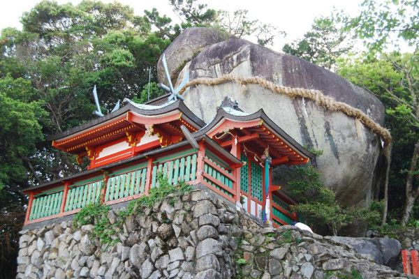 Shrines, Temples & Churches